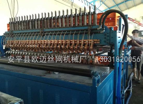 全自动钢筋网焊网机